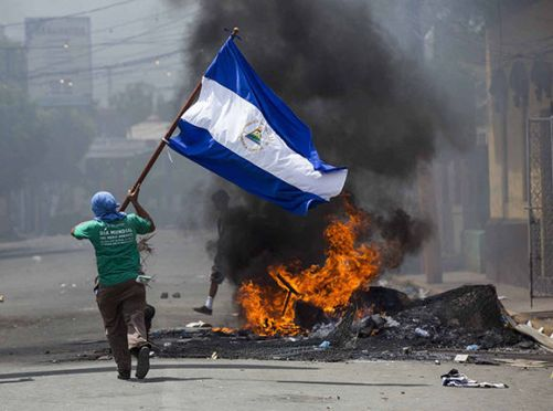 protestas-violentas-en-nicaragua-01
